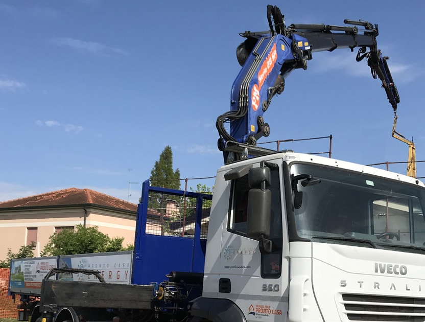 Camion con gru | prontocasaenergy.it